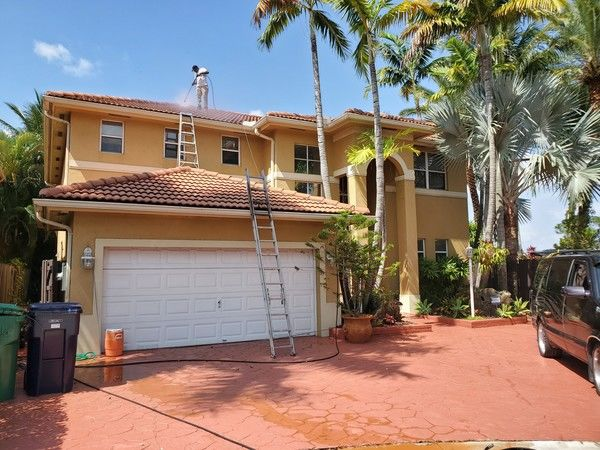 Exterior House Painting in Miami, FL (1)