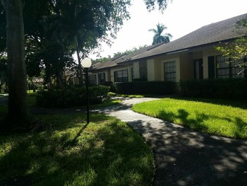 Exterior Painting of Condo Homes in Plantation, FL