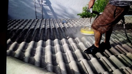 Cleaning of roof Bocaraton, Fl
