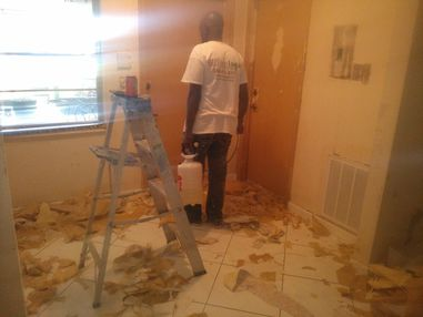 Wallpaper Removal in Hollywood, FL (1)