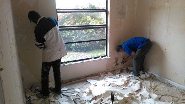 Wallpaper Removal in Palm Beach, FL (1)