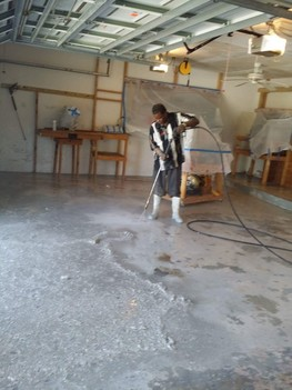 Washing and epoxy coating of floor in Delray Beach, Florida