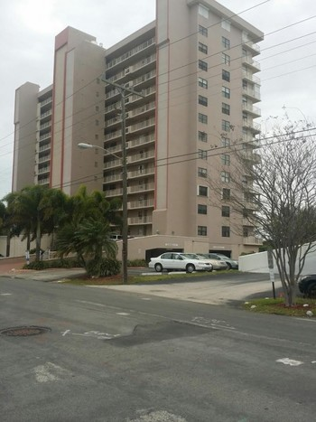 Exterior Painting of a 15 Story Building in Deerfield Beach, FL