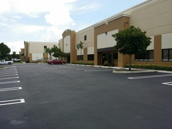 Commercial Exterior Painting in Tamarac, FL