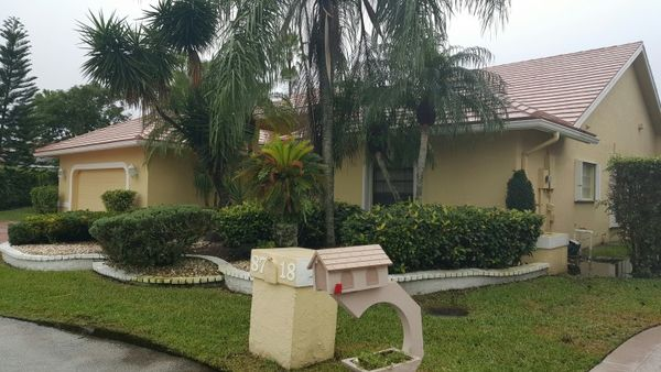 Exterior House Painting in Deerfield Beach FL