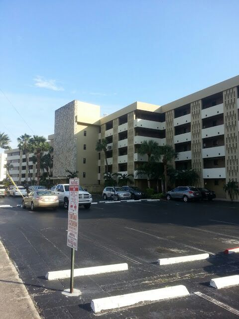 Exterior Painting of a Commercial Building in Hollywood, FL